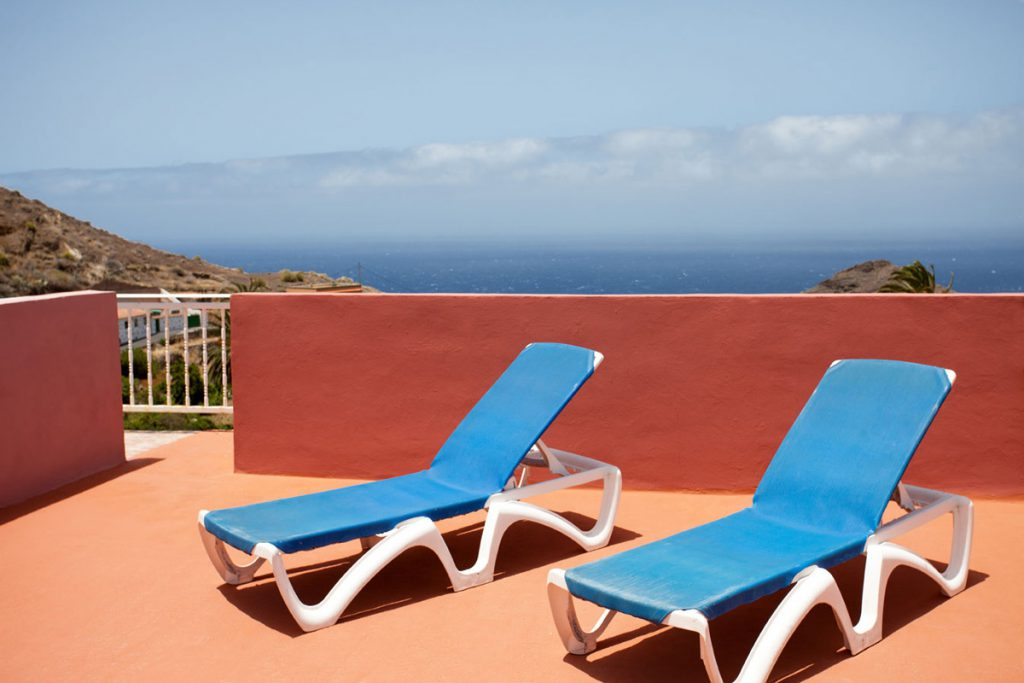 Alojera, La Gomera: Casa Conchi, roof terrace with sea view
